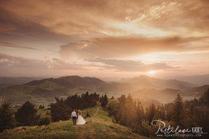 beautiful mountain viev wedding photo