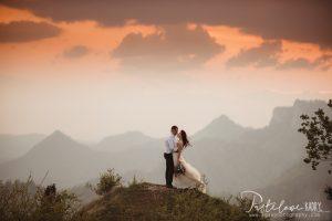 sesja ślubna na skale